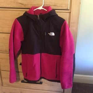 North face jacket. Hooded